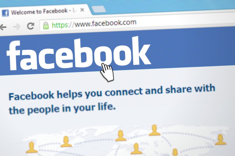 Comment envoyer des réponses automatiques avec messenger pour ta page facebook ?