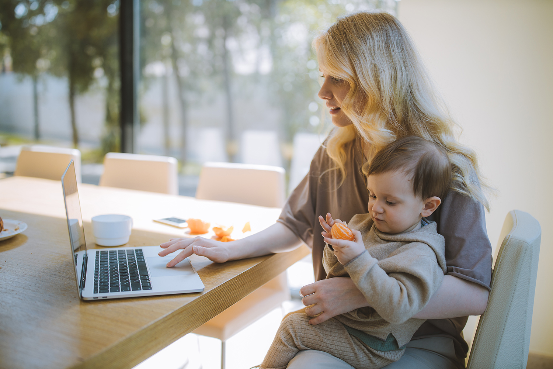 maman-freelance-maman-entrepreneuse-business-en-ligne